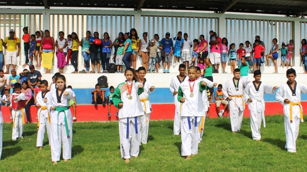 Inauguración cursos vacacionales municipales de Jaramijó, Ecuador.