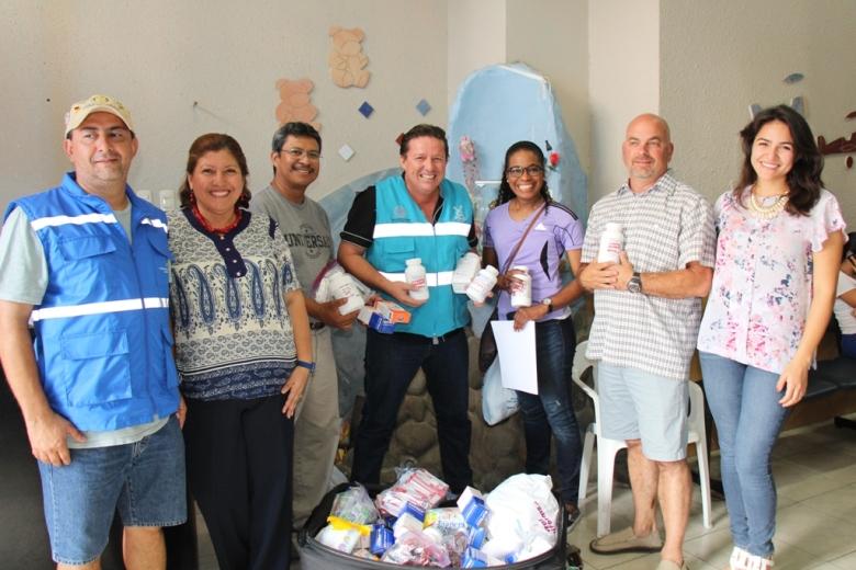 Rotarios de Kansas City, EE.UU., donan medicinas al Patronato municipal de Manta. Manabí, Ecuador.