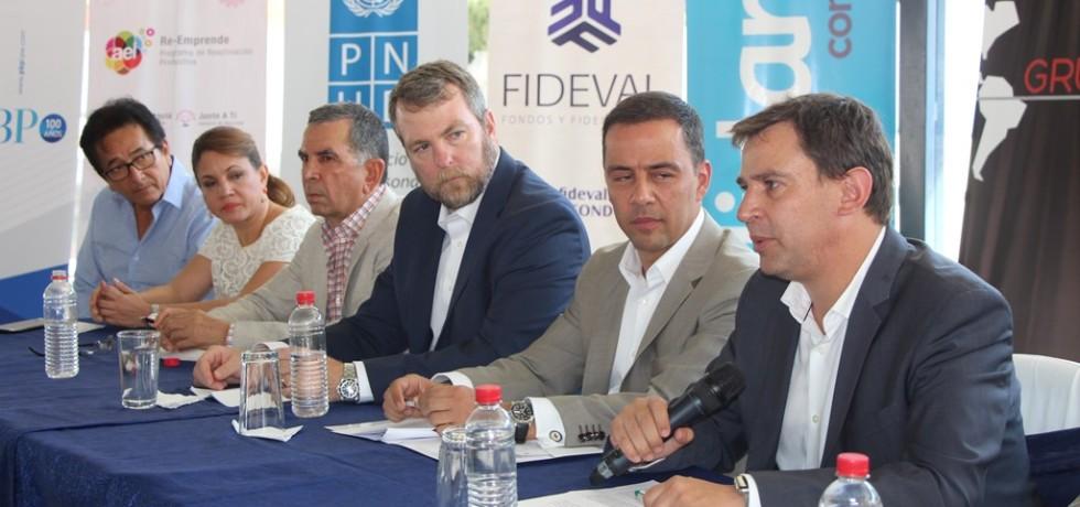 Presentación del proyecto financiero Re-Emprende del BID en Portoviejo. Manabí, Ecuador.