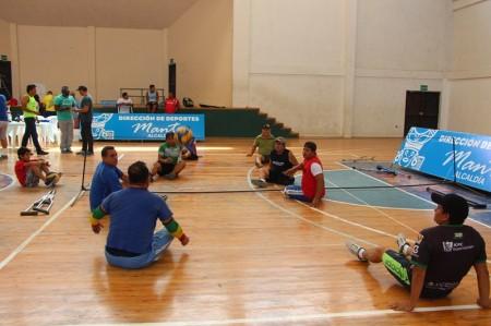 Voleibol sentado, campeonato provincial en Manta. Manabí, Ecuador.
