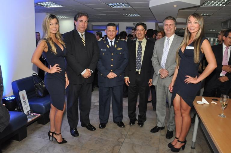 Altos mandos de ANDEC, en su nueva oficina de Quito. Ecuador.