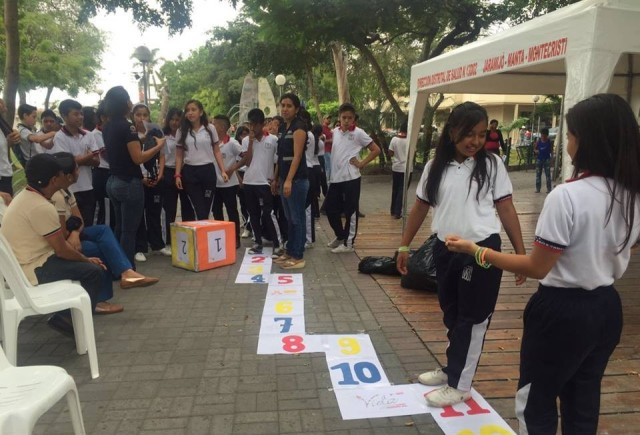 Juegos colectivos para vencer la depresión juvenil, Manta. Manabí, Ecuador.