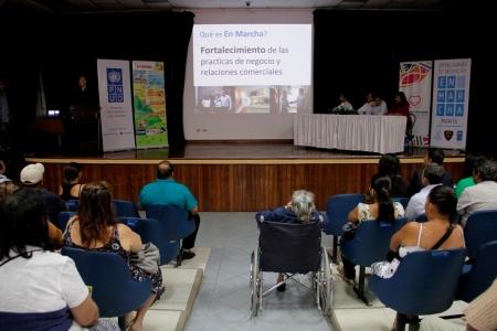 Presentación pública del Plan En Marcha para microempresarios de Manta. Manabí, Ecuador.