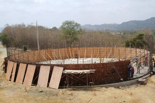 Reservorio de agua en construcción, Calceta. Manabí, Ecuador.