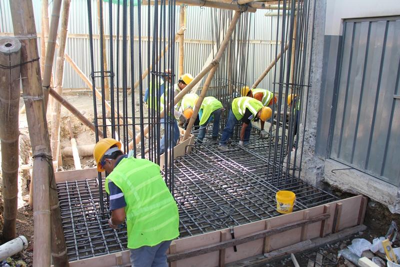 Reconstrucción de una parte estructural del mercado central de abastos de Manta. Manabí, Ecuador.