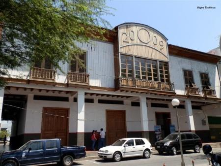 Edificio sede del Museo Municipal Etnográfico de Manta. Manabí, Ecuador.