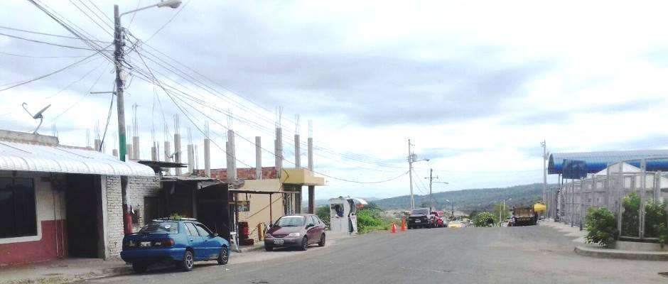 """La """"Calle del Sabor"""" en Montecristi. Manabí, Ecuador."""