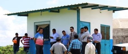 Autoridades judiciales y de la EPAM indagan un delito grave contra los consumidores de agua potable en la zona rural de Manta. Manabí, Ecuador.