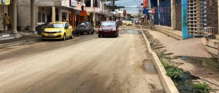 Calle J-10 del Barrio Jocay de Manta. Manabí, Ecuador.