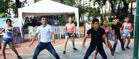 Baile juvenil para conmemorar el Día Internacional del Síndrome de Down, en Chone. Manabí, Ecuador.