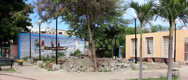 Parque Cristo Rey de Manta, en reconstrucción. Manabí, Ecuador.