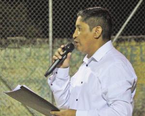 Rodrigo Toapaxi, presidente de la organización social que representa al Barrio Jipijapa (Manta-Montecristi). Manabí, Ecuador.