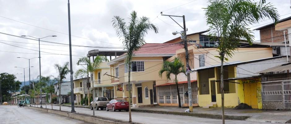 Avenida 14 de Agosto, Barrio El Cauca, Chone. Manabí, Ecuador.