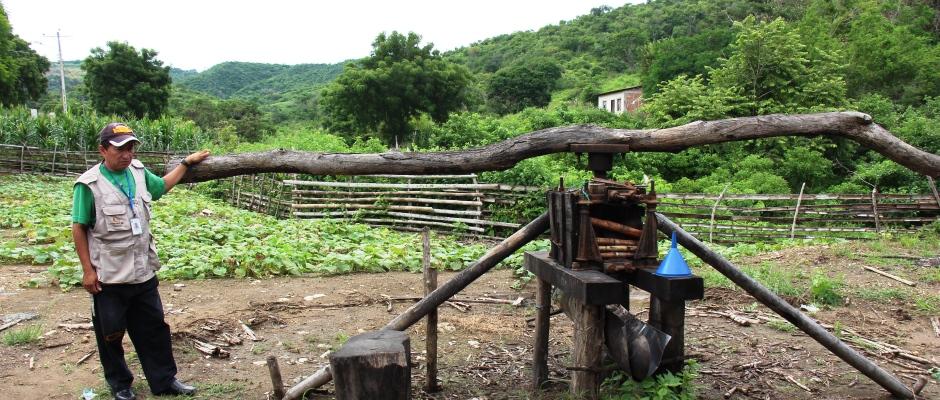 Molino de caña de azúcar en el sitio Pacoche de Manta. Manabí, Ecuador.
