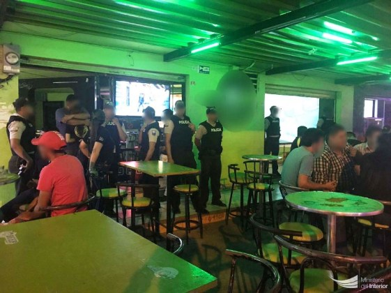 Clausura locales diversión, bar