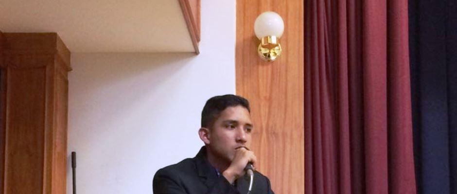 Fabián Javier Cedeño Vera, estudiante de Chone delegado a un foro internacional sobre religiones y niñes en Panamá. Manabí, Ecuador.