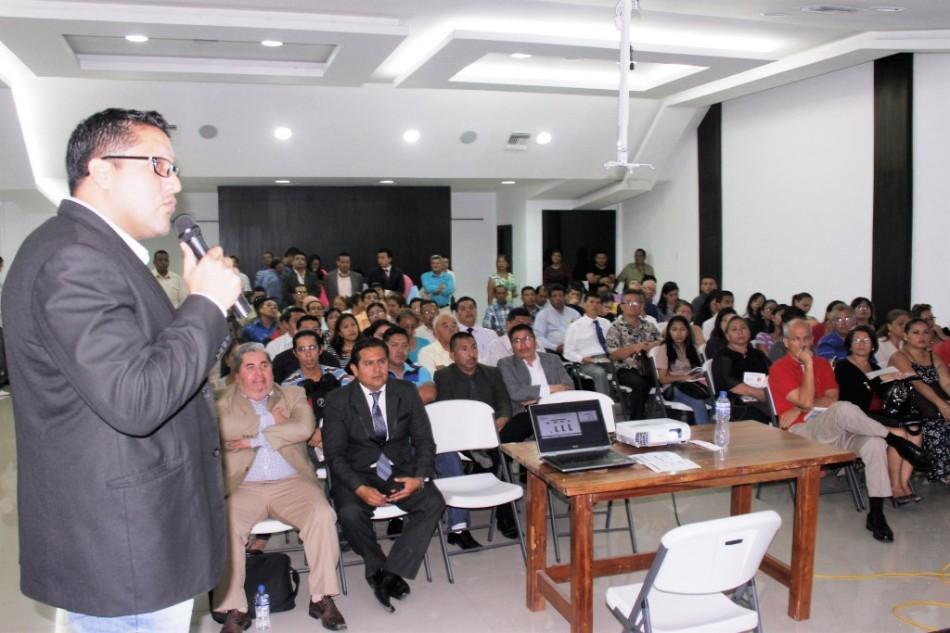 Charla del Consejo de la Judicatura sobre el COGEP para la Asociación de Abogados de Manta. Manabí, Ecuador.