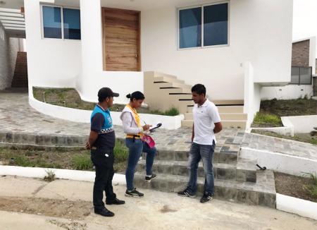 Levantando el catastro urbano de Manta. Manabí, Ecuador.