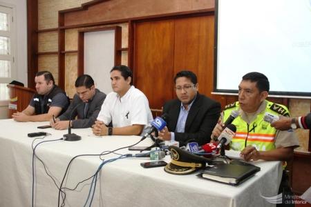 Autoridades de Policía y Fiscalía informan de un filicidio sucedido en Portoviejo. Manabí, Ecuador.