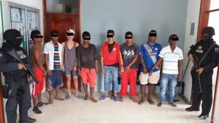 Banda de ladrones de la zona norte de Manabí, aprendida por la Policía Nacional. Manabí, Ecuador.