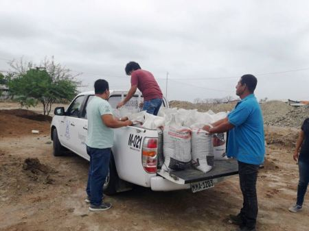 Compost donado por el GAD municipal de Jaramijó al GAD municipal de Manta.