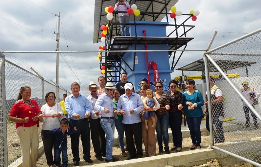 Inauguración oficial de la planta potabilizadora de agua de la Parroquia Chibunga del Cantón Chone.