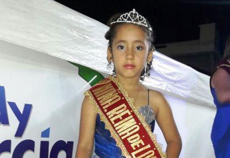 Anita Menéndez Vera, Niña Reina 2017 de la Parroquia Urbana Los Esteros de Manta. Manabí, Ecuador.