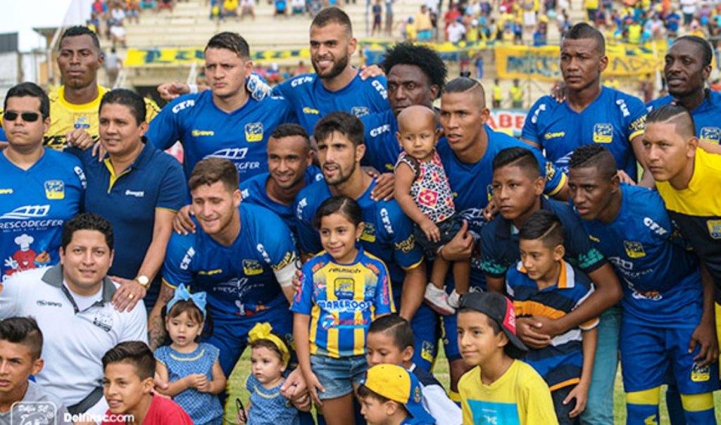 Equipo de fútbol Delfín, de Manta, líder del campeonato nacional de fútbol profesional primera categoría de 2017. Recibirá galardón del Concejo municipal de Montecristi. Manabí, Ecuador.