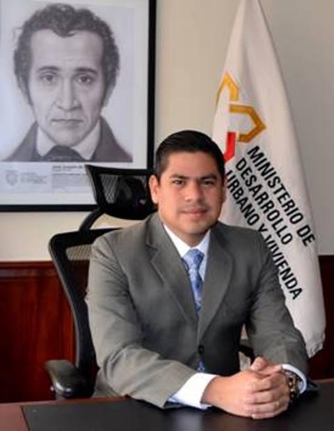 El presidente Lenín Moreno encargó a Adrián Sandoya el Ministerio de Desarrollo Urbano y Vivienda (MIDUVI). Quito, Ecuador.