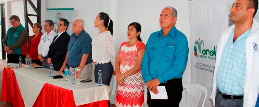 Autoridades manabitas en la posesión de los primeros 19 consejos barriales de Calceta. Manabí, Ecuador.