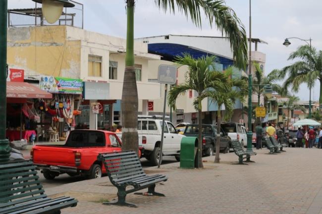 En el centro de la ciudad de Montecristi.