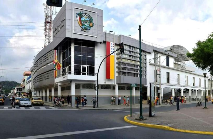 Vista reciente del Palacio Municipal de Chone. Manabí, Ecuador.