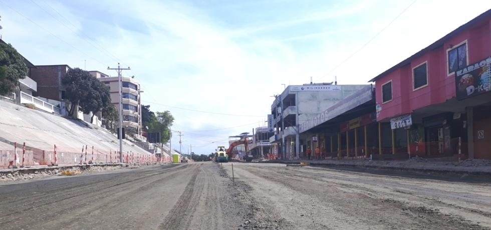 Avenida 4 de Noviembre de Manta, tramo en regeneración. Manabí, Ecuador.