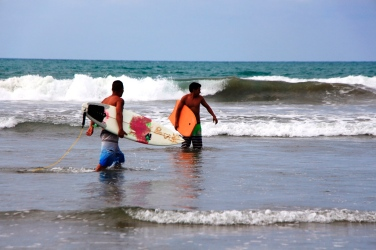 Los primeros intentos por domar las olas.