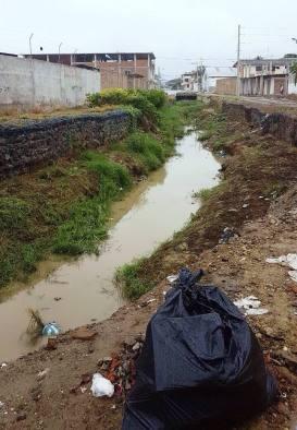 Uno de los ríos que atraviesa la ciudad de Manta, provincia de Manabí.