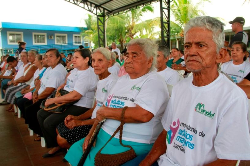 Adultos mayores de la ciudad de Calceta, Cantón Bolívar. Manabí, Ecuador.