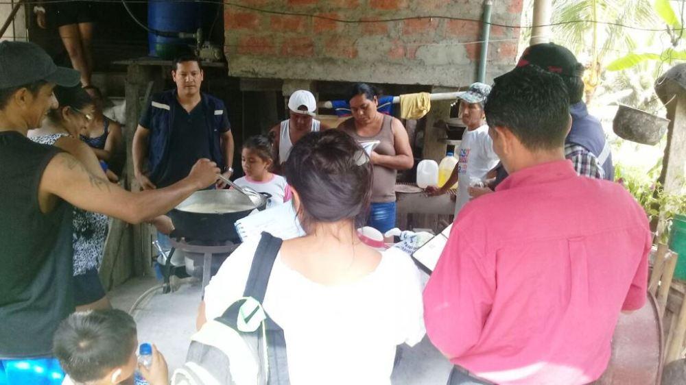 Clase práctica sobre elaboración de natilla en la Comunidad Culebra de Chone. Manabí, Ecuador.