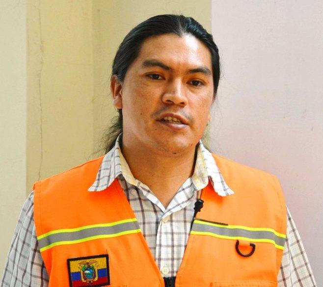 Juan Carlos Pabón, instructor de la Secretaría Nacional de la Secretaría Nacional de Gestión de Riesgos.