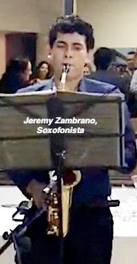 Jeremy Zambrano deleitó con su arte musical.