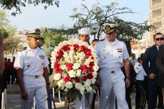 Ofrenda de la Fuerza Naval.