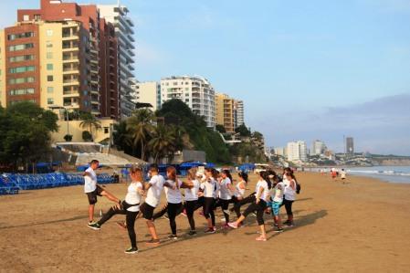 Ejercicios en Playa El Murciélago.
