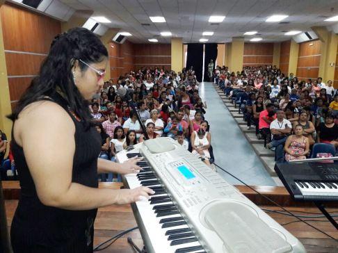 Las mujeres dieron buena cuenta de su inspiración artística musical.