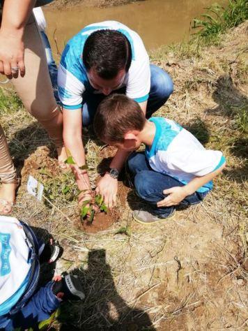 Inculcando a los niños el amor por la naturaleza.