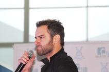 Gianpiero, cantante romántico.
