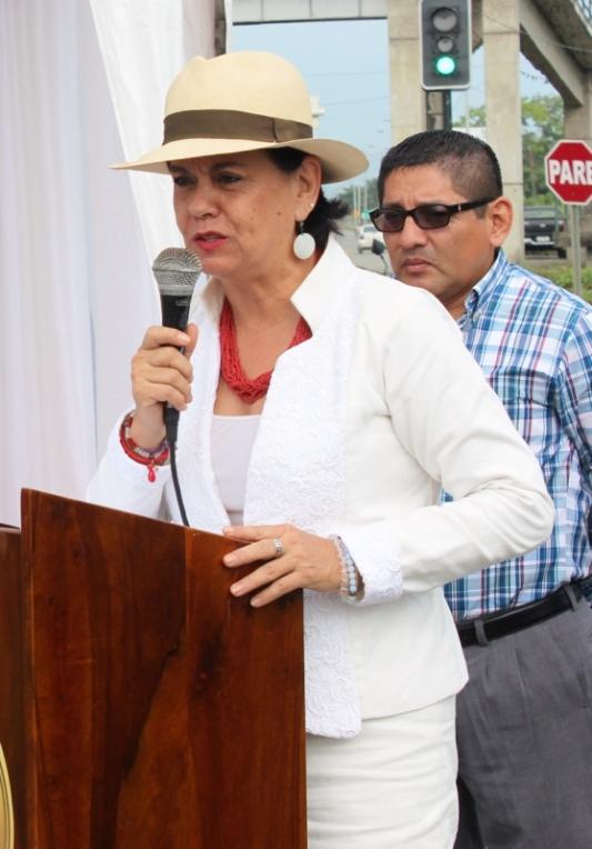 María Isabel Silva Iturralde, directora ejecutiva del Centro Cívico Ciudad Alfaro de Montecristi.