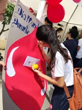 Dejando huellas por la donación voluntaria de sangre humana.