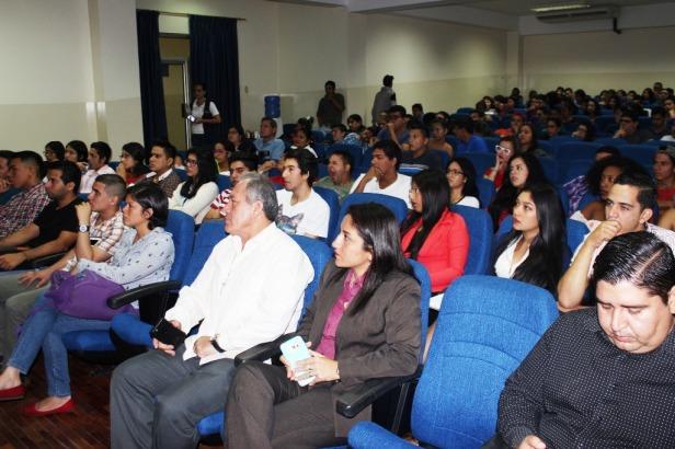 Auditorio de la ULEAM Chone, el Día Mundial del Ambiente 2018. Manabí, Ecuador.