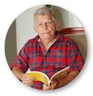 Horacio Hidrovo Peñaherrera, poeta y escritor manabita fallecido en 2012. Manabí, Ecuador.