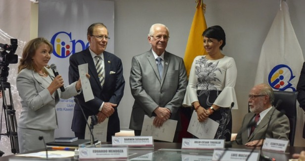 Posesión de los cuatro vocales interinos del Consejo Nacional de la Judicatura que acudieron en grupo al Consejo de Participación Ciudadana y Control Social. Quito, Ecuador.