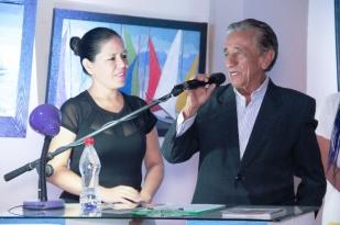 Álex Chávez, en la presentación de su muestra pictórica en el Museo Municipal Cancebí, de Manta.